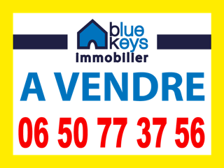 In Cannes downtown or to a walking distance (15 minutes maximum),for investment, holidays home,congress or as a main residence close to school,colleges , shops, beaches...